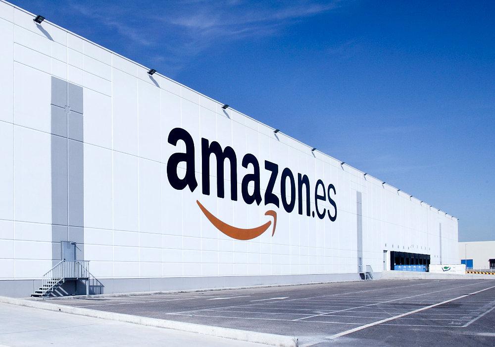 Exterior del centre d'Amazon a San Fernando de Henares (Madrid)